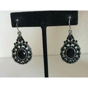 Monet Silver Dangle Teardrop Earrings Rhinestone